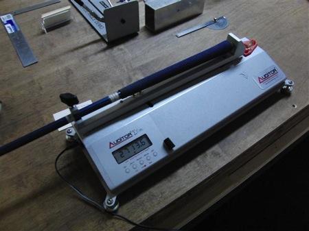 MOI(慣性モーメント)計測器
